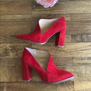 e2a9d4e88b02 Vince Camuto Shoes - 🔥Vince Camuto Loretan red asymmetrical booties🔥